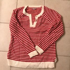 Red and creme striped gap sweater